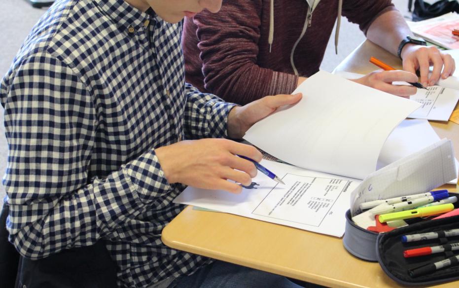 Assessment Center Training macht Q1-Schüler fit für Auswahlgespräche