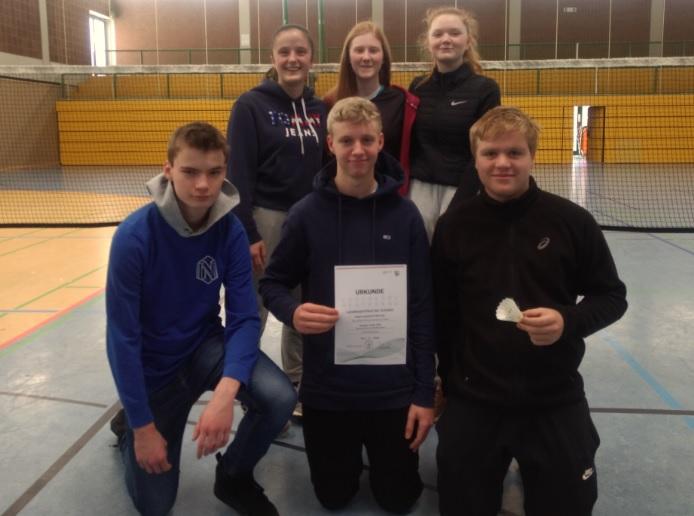 Erfolg bei den Bezirksmeisterschaften in Badminton