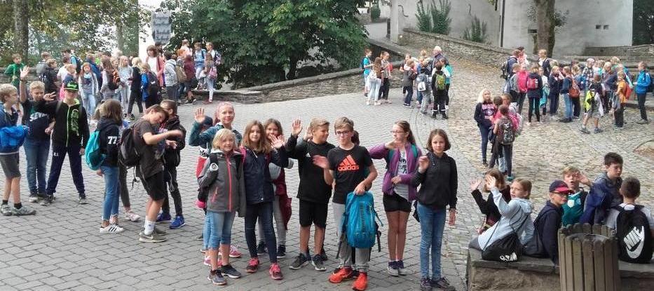 Sechste Klassen zu Gast auf Burg Bilstein