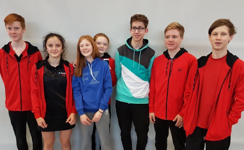Gymnasium erfolgreich im Badminton
