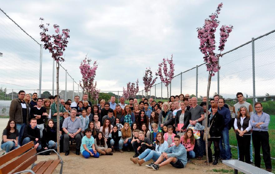 Gedenkbäume am Institut Giola in Spanien und am Joseph-König-Gymnasium