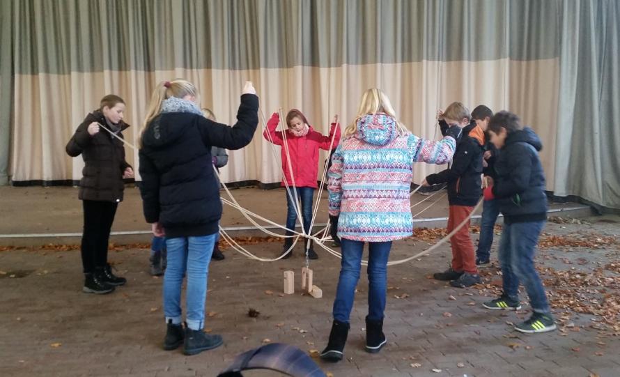 """""""Wissen und Bewegung"""" – Die Klasse 5b erkundet den Gruga-Park"""