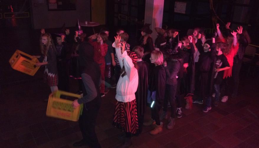Halloween-Party der SV verging wie im (Hexen-)Flug