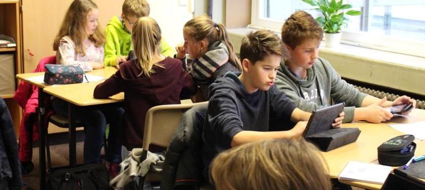 """Medientraining macht Sechstklässler """"fit fürs Netz"""""""