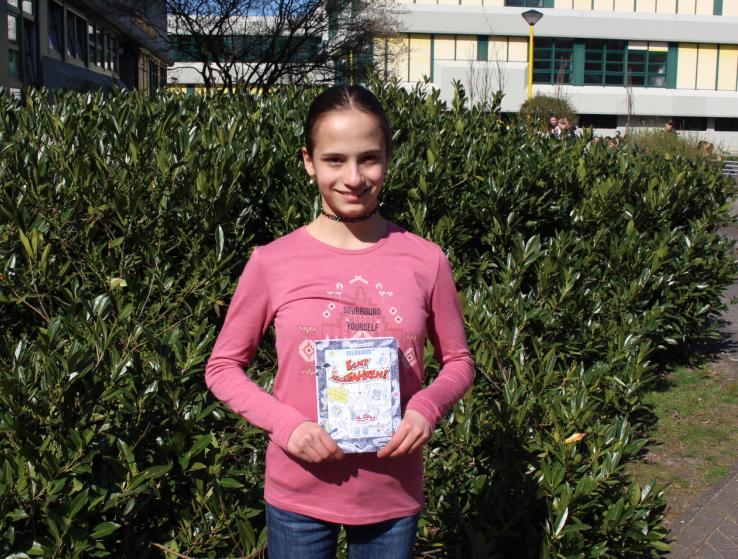 Erster Platz beim Vorlesewettbewerb auf Kreisebene für Karolin Baxa
