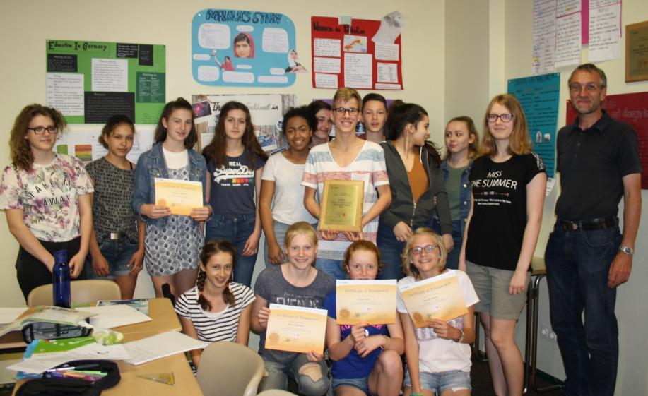 "Bilinguale Schüler nehmen erfolgreich am Projekt ""Young Students Series GO English!"" teil"
